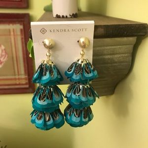 NWT Kendra Scott Turquoise Lenni Feather Earrings